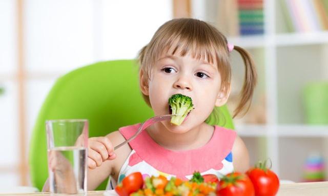 4 cách giúp tăng cường sức khỏe đường ruột cho trẻ